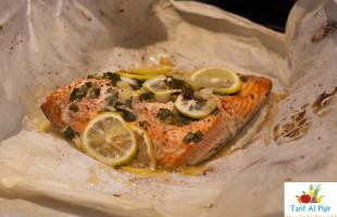 Yağlı Kağıtta Somon Balığı