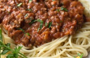 Bolonez Spagetti Tarifi