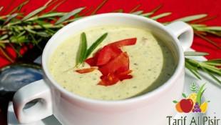 Havuçlu Yoğurt Çorbası